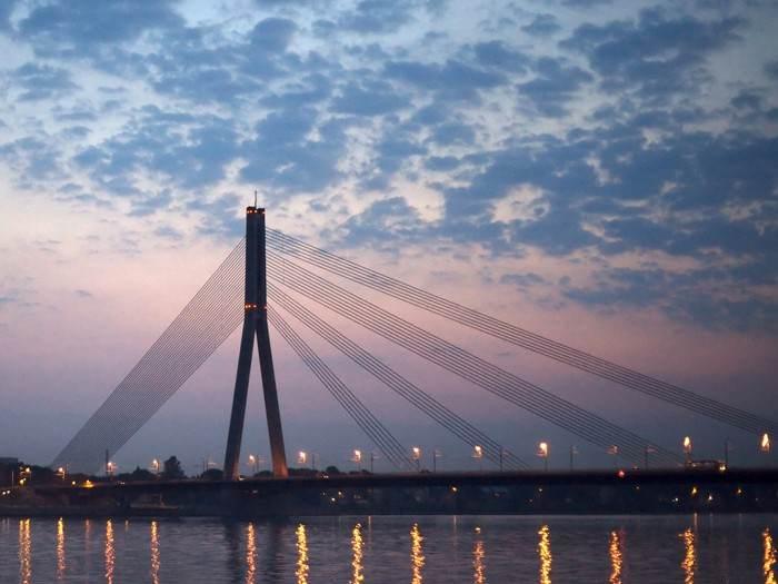 Рижский мост вечером