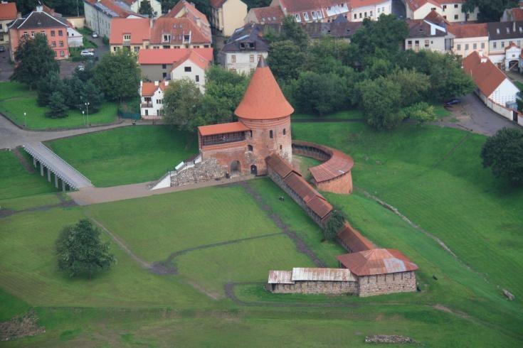 Вид за замок с высоты