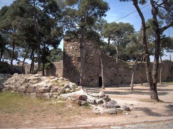 Крепость Кадифекале