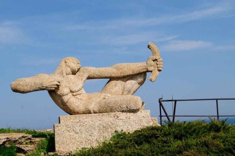 Скульптура на мысе Калиакра