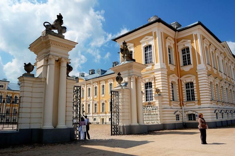 Дворец Рундале
