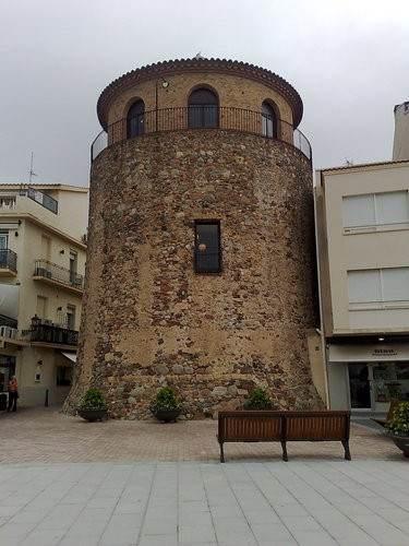 Портовая башня