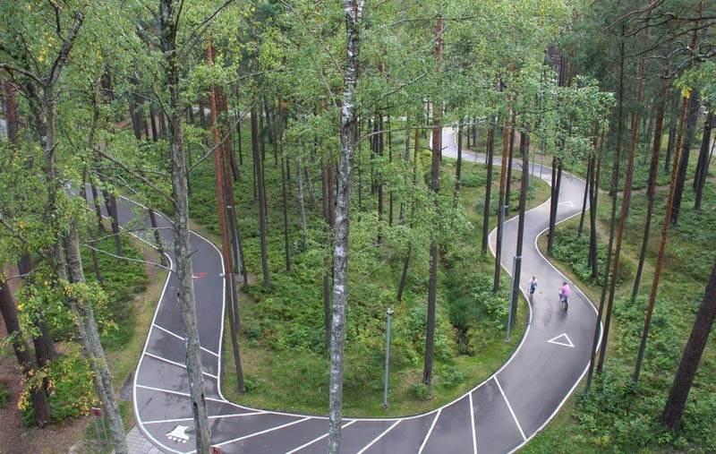 Отличная трасса для вело прогулок, для катания на роликах