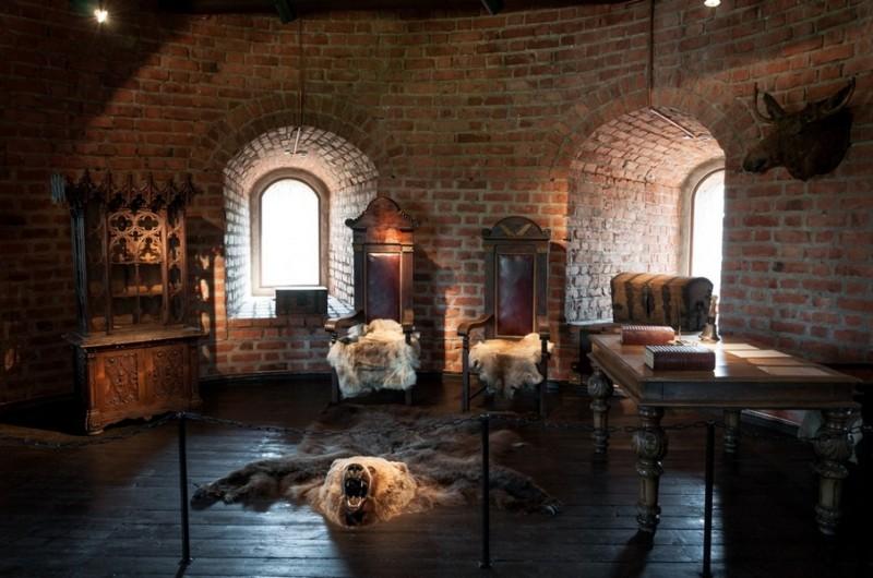 Экспозиция в башне замка, Каунас