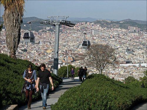 Подняться на гору можно и пешком