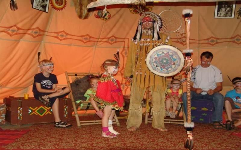 Мир индейцев в ,,Vinetu Kaimas