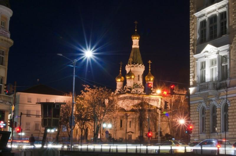 Церковь в вечернее время