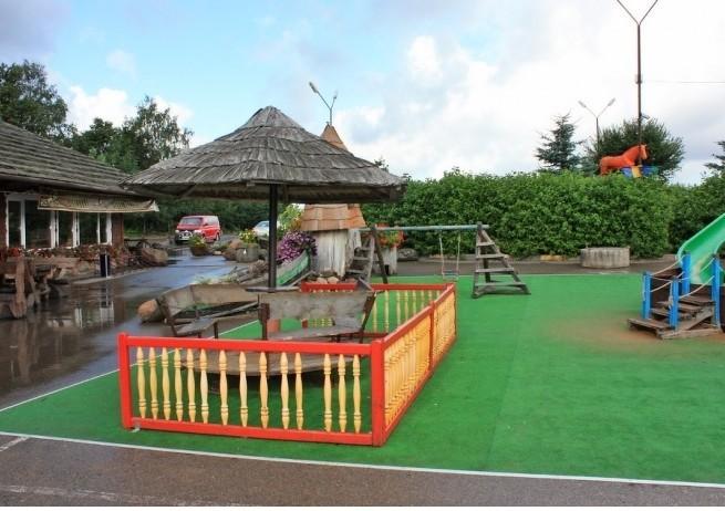 Детская площадка в HBH