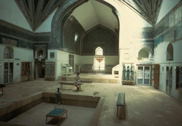 Дворец - музей Медресе Каратай
