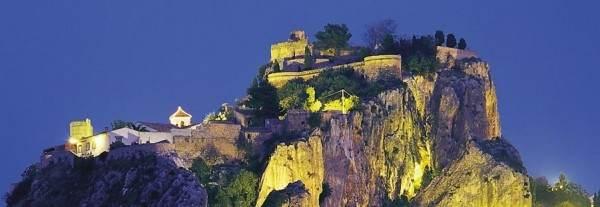 Замок Гуадалест