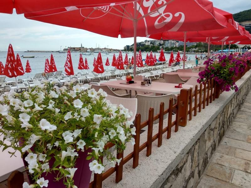 Рестораны на берегу моря