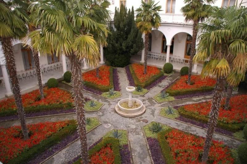 Внутренний дворик Ливадийского дворца