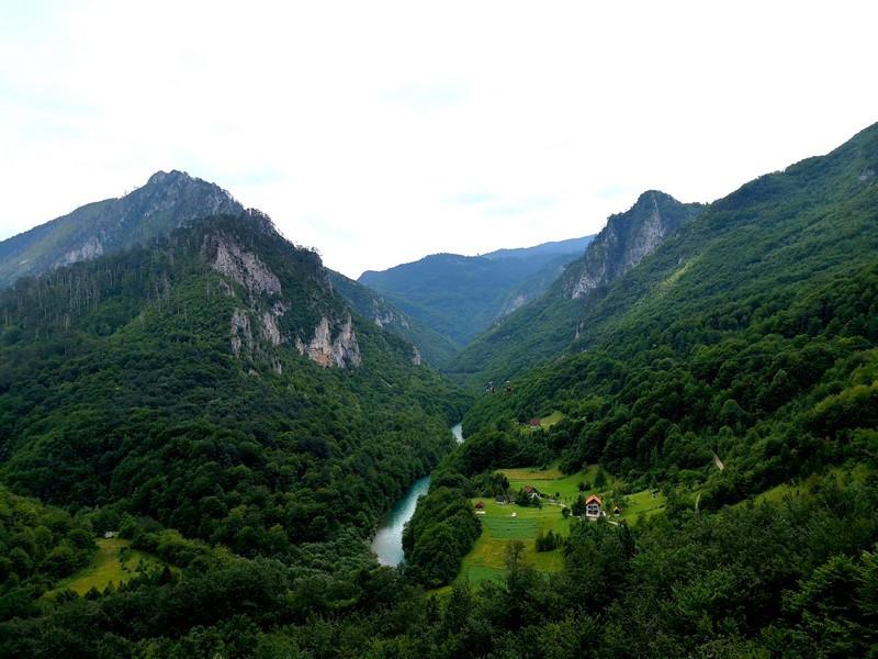 Тара среди гор