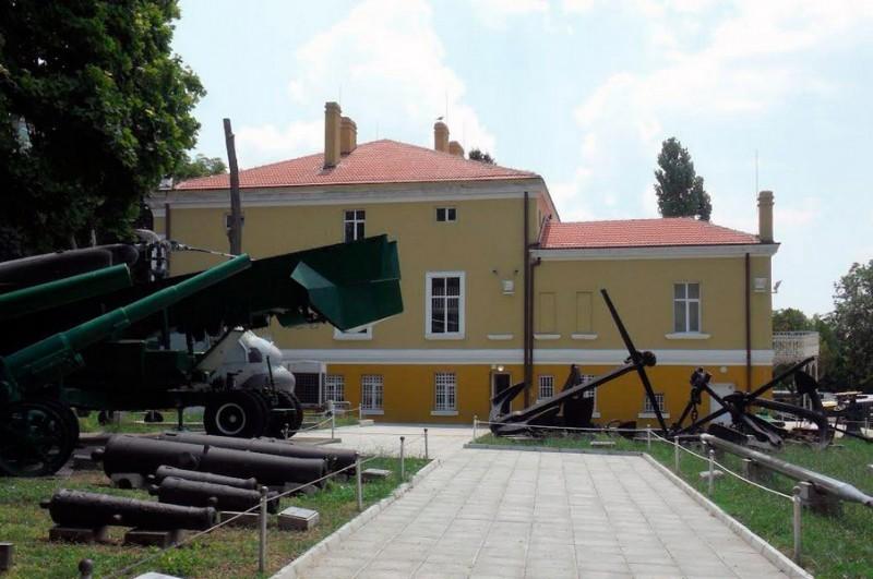 Здание военного музея