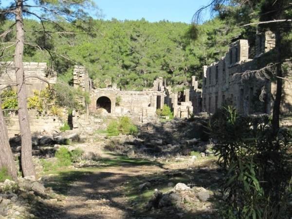 Руины античного города Селевкия