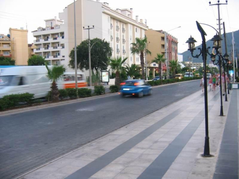 Главная улица города