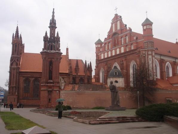 Костел Святой Анны и костел Св. Франциска и Бернарда