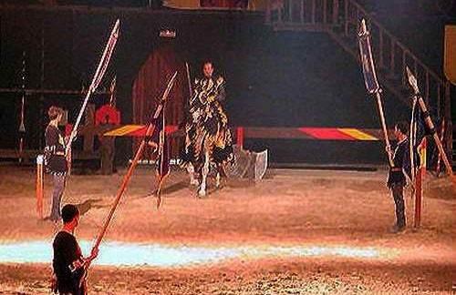 Рыцарский турнир в замке графа Альфаса