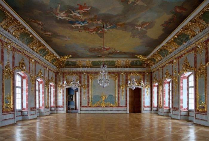 Один из залов Рундальского дворца