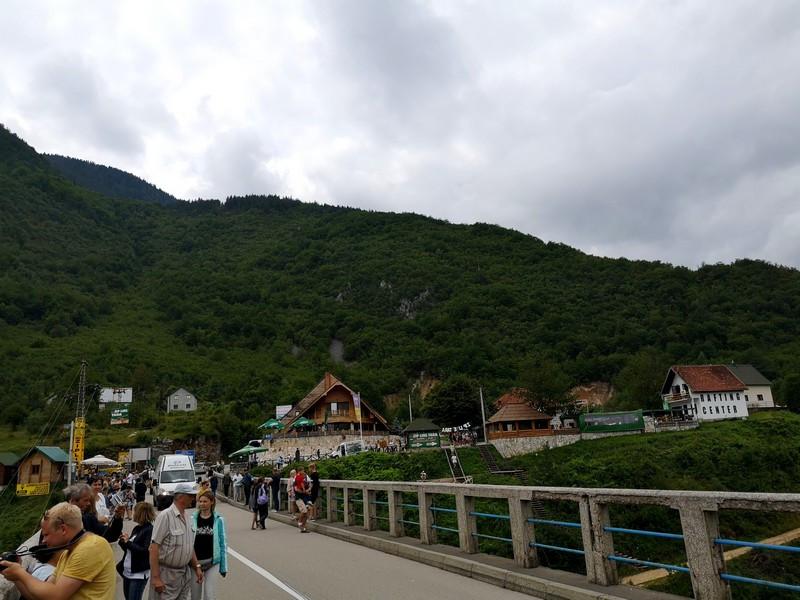 Место прогулок, красивых пейзажей и отдыха в кафе
