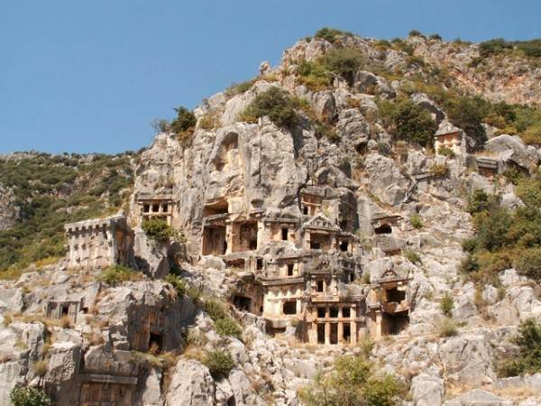 Руины древнего города Мира (Демре)
