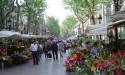 Цветов на бульваре Рамбла не только на 8 марта