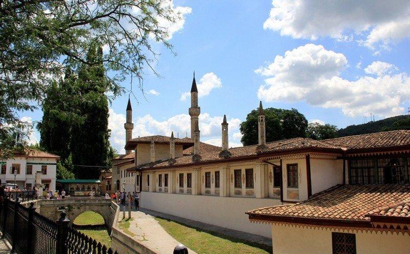 Ханскй дворец