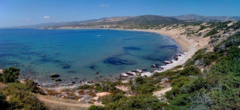 Пляж черепах на Кипре