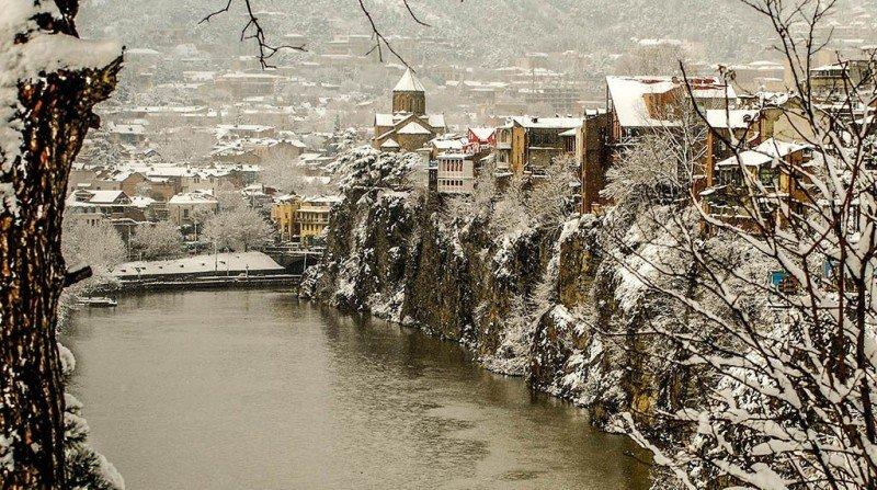Тбилиси в феврале