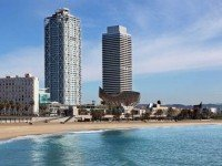 Башни близнецы в Барселоне