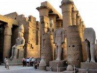 Луксор Храм
