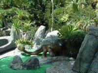 Мини-гольф на острове Пхукет в Дино парке