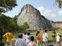 Храмовый комплекс Ват Ян и племя длинношеих