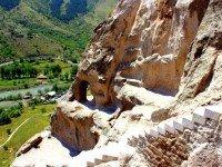 Комбинированная экскурсия в пещерный город Вардзия