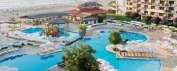 Территория отеля Мирамар