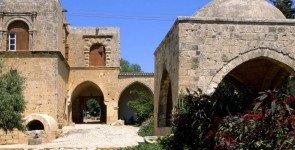 Старинный монастырь в Айя-Напе