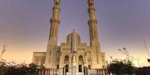 Мечеть Эдьшази в Хургаде, район Дахар