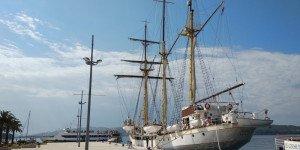 Парусный фрегат в Порто Монтенегро