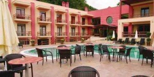 4 Epoxes Hotel Spa 3*