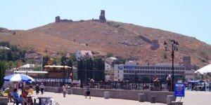 Вид на крепость с набережной