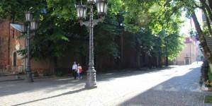 Улица около здания парламента Латвии в старой Риге