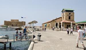 Набережная и крепость Пафоса