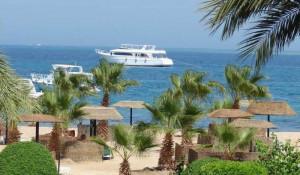 Пляж одного из отелей города