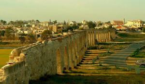 Акведук Камарес на Кипре