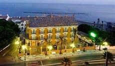 La Fonda Hotel Benalmadena 3*