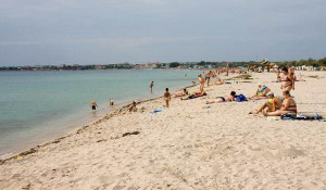 Пляж Межводного