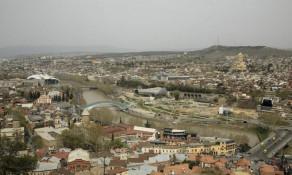 Столица Грузии в апреле