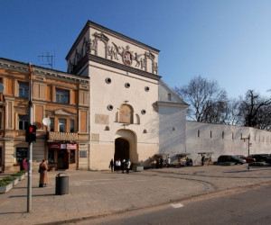 Ворота Аушрос