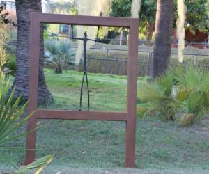 Скульптурные композиции в саду Маримутра