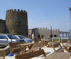 Средневековый замок-крепость Villa Vella